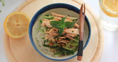 Salade complète, nouilles de riz